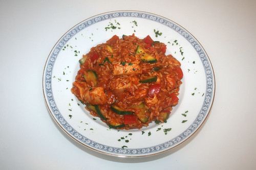 36 - Tomatenreis mit Hähnchenbrust, Paprika & Zucchini / Tomato rice with chicken breast, bell pepper & zucchini - Serviert