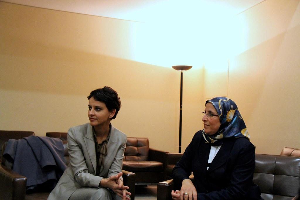 Najat Vallaud-Belkacem avec Mme Bassima Hakkaoui, Ministre de la Solidarité, de la femme, de la famille et du développement social du Royaume du Maroc