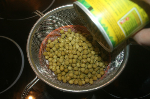 19 - Erbsen abtropfen lassen / Drain peas