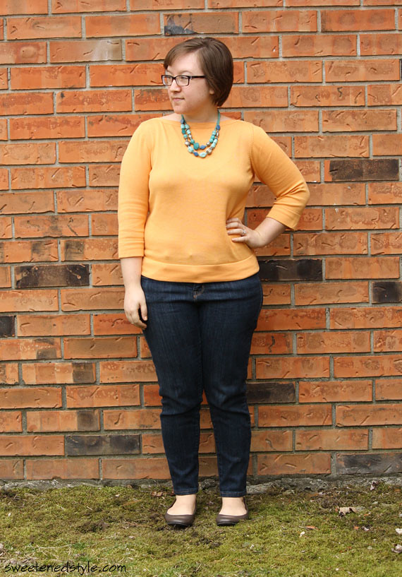 yellow top, teal statement necklace, skinny jeans, flats