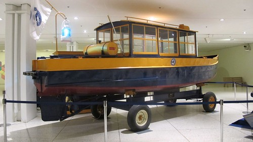 New York State Canal Corporation duty boat (2nd of 2 photos) by Coyoty