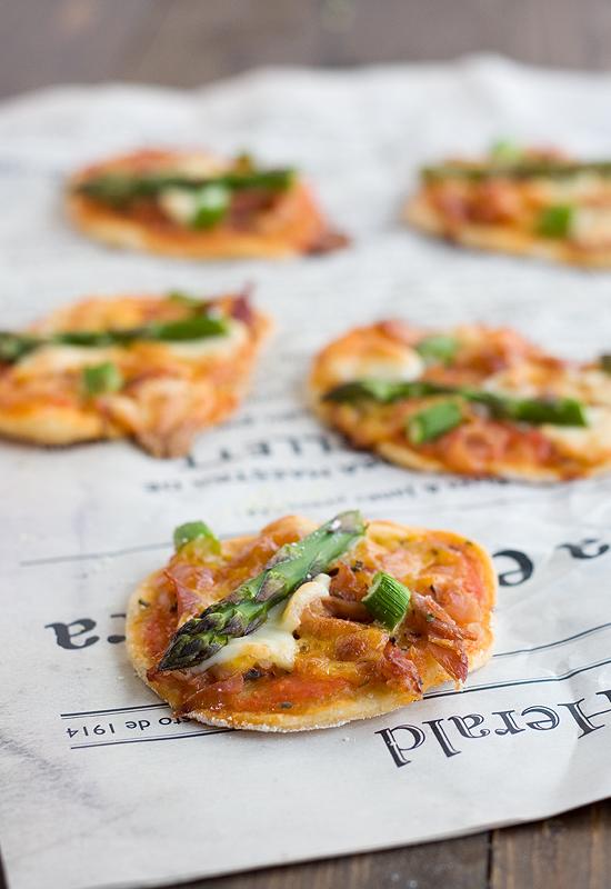 Receta de mini pizzas de trigueros. Pizza casera