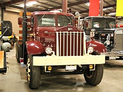1944 Sterling HWS1 60H 6-Wheel Flatbed 2