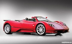race car, automobile, vehicle, automotive design, pagani zonda, concept car, land vehicle, luxury vehicle, sports car,
