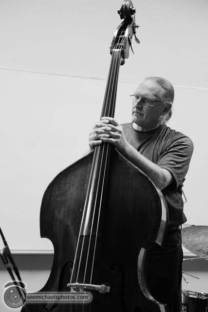 Scott Walton Trio at USD 11713 © Michael Klayman-003