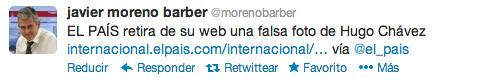 Twitter del director de El País anunciando que retiran la foto falsa