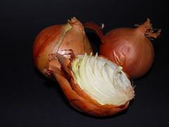 carving(0.0), pumpkin(0.0), calabaza(0.0), winter squash(0.0), cucurbita(0.0), vegetable(1.0), onion(1.0), shallot(1.0), produce(1.0), food(1.0),
