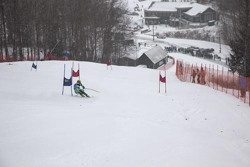 winter students athletics dartmouth wintercarnival dartmouthskiway