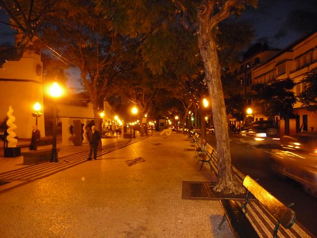 der Markt am Platz vor dem Fort ist verschwunden