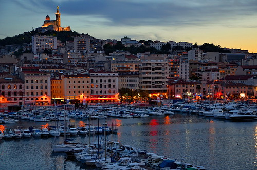 france night marina boats photography lights hotel view dusk vieuxport 2012 notredamedelagarde marseilles larésidenceduvieuxport