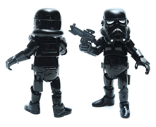 HIDDEN-METAL-SHADOW-STORMTROOPER