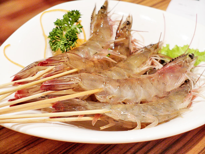 fresh prawns imperial treasure steamboat