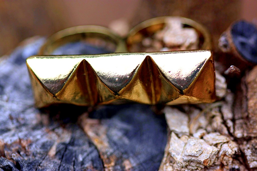 A Touch of Gold Ring
