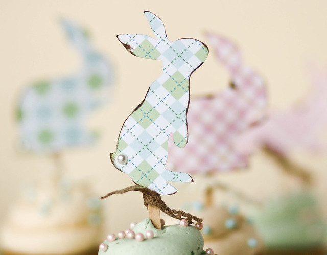 Shabby Chic Easter Cupcakes - Silhouette cutter