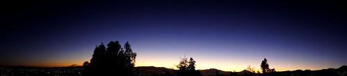 city morning blue winter light sky panorama orange white mountain blanco luz mañana silhouette azul sunrise landscape dawn horizon ciudad paisaje panoramic amanecer cielo invierno silueta crepusculo montaña naranja horizonte daybreak panoramico