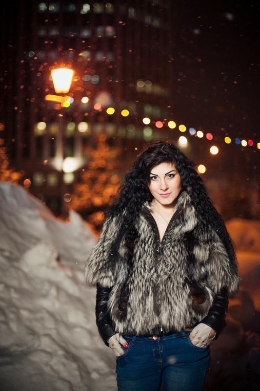 Вечерняя фотосессия на улице зимой