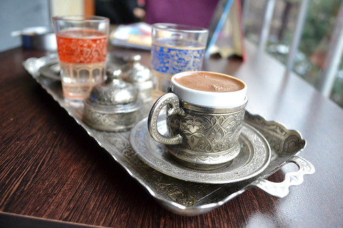Istanbul: Turkish coffee at the bar down the street