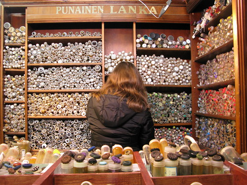 Button shopping