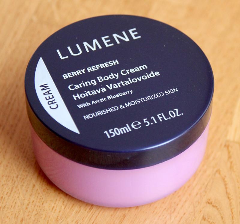 Lumene berry refresh caring body cream
