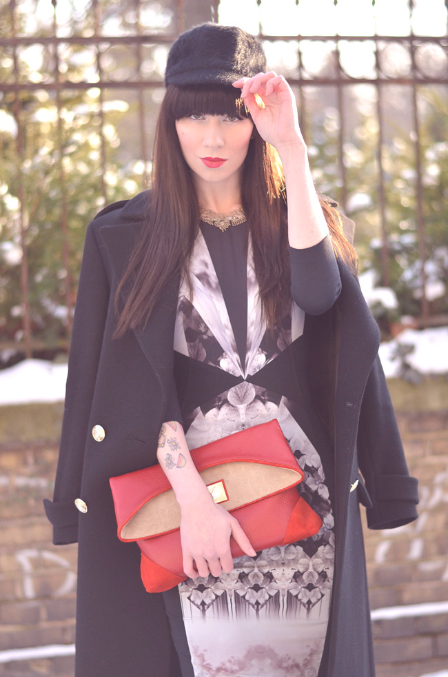 Warehouse dress Zara coat red clutch outfit blogger CATS & DOGS 2