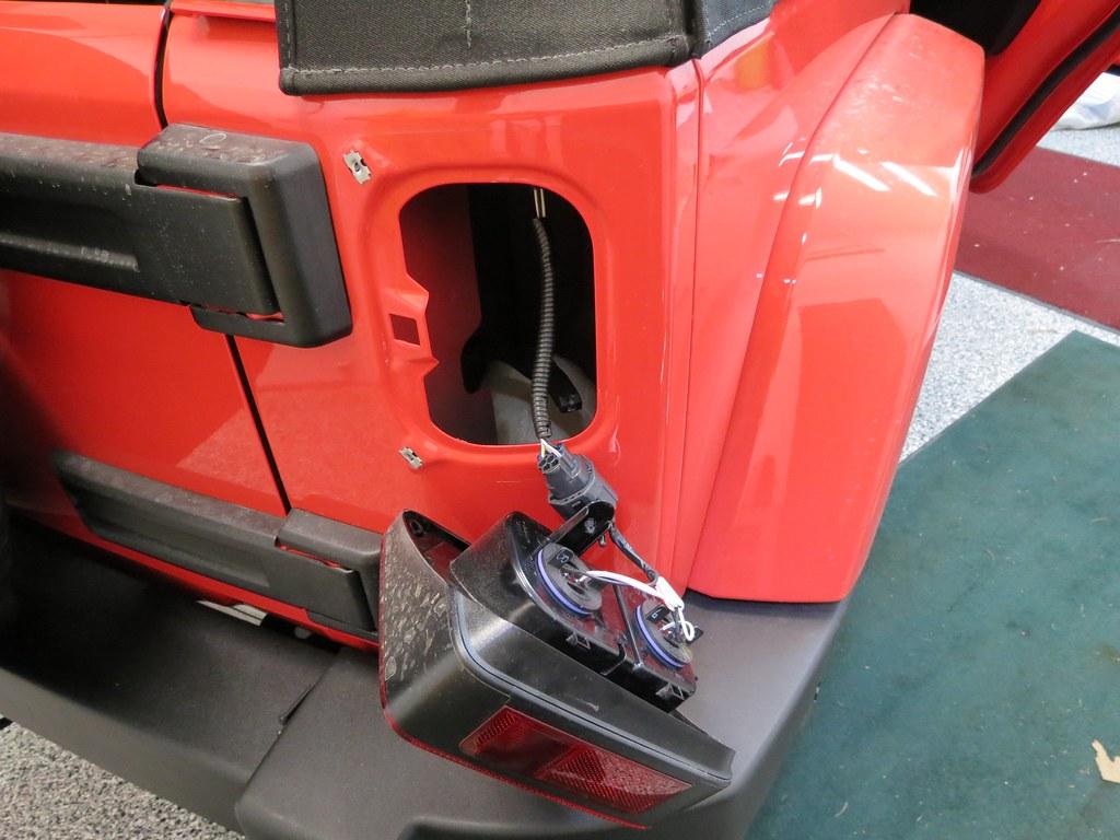 diy 2013 jku backup camera installation jeep wrangler forum 1988 Jeep Wrangler Wiring Schematic