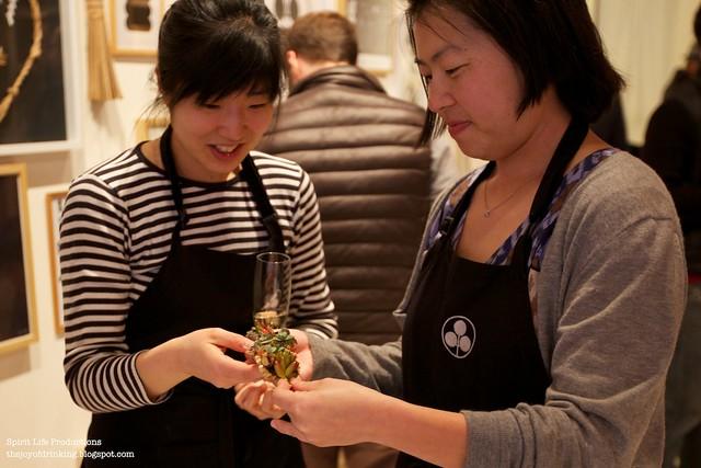 Yoko and Kayoko examine a gift