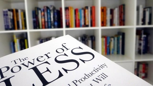 كتاب كل أسبوع