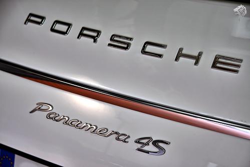 Porsche Panamera 4S by DetailKing