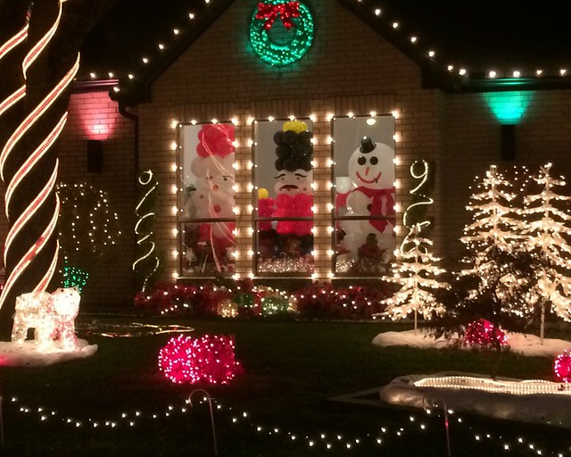 all rights reserved - Deerfield Plano Christmas Lights