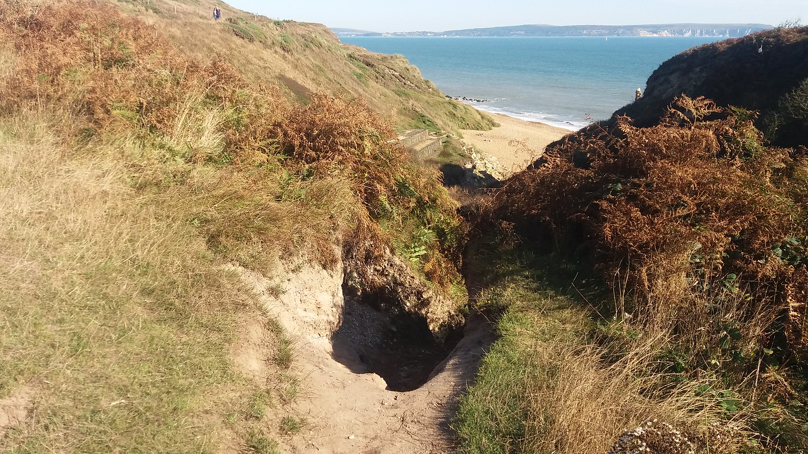 20160907_163718 Way down to Hordle Cliff beach