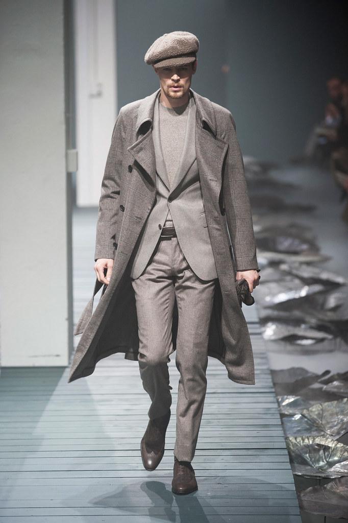 FW13 Milan Corneliani021_Adrian Wlodarski(fashionising.com)