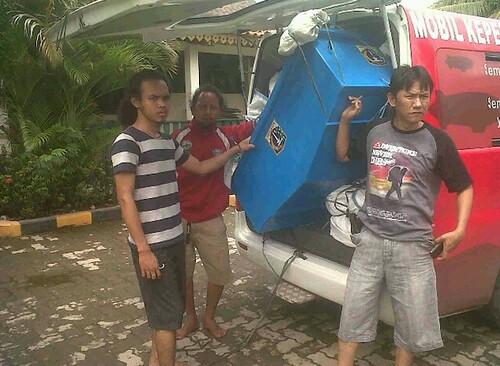 bantuan banjir sunda kelapa heritage & solidaritasKEBERSAMAAN