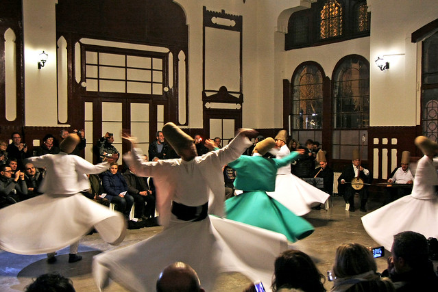 Whirling Dervishes at Sirkeci Terminal, Istanbul, Turkey イスタンブール、シルケジ駅でセマー