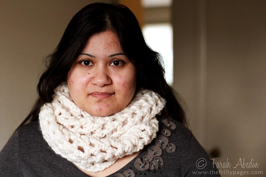 chunky double crochet cowl: looped twice