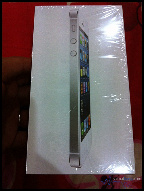 New iPhone 5 16GB White Up For Grab!~