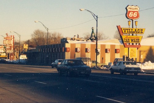 Bleeker's Bowl and the Phillip's 66 Village Car Wash on West 95th Street.  Evergreen Park Illinois.  Early January 1988. by Eddie from Chicago