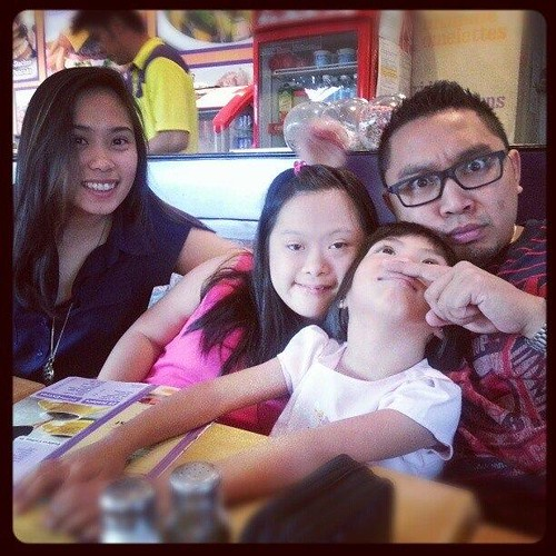 clara reyes and siblings
