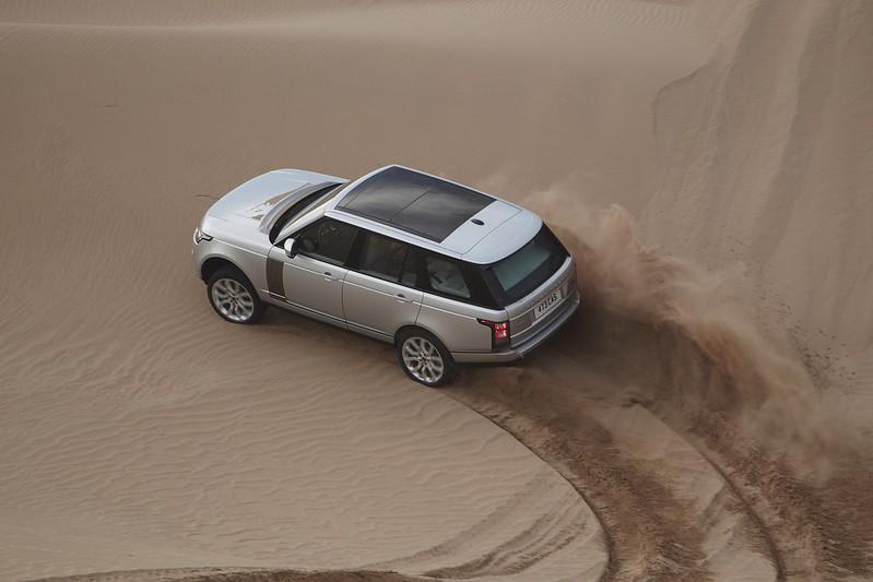 2013 range rover desert drift