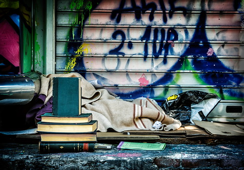 street canon published homeless books athens greece sigmaaf182003563 canoneos40d ayearofpictures2013