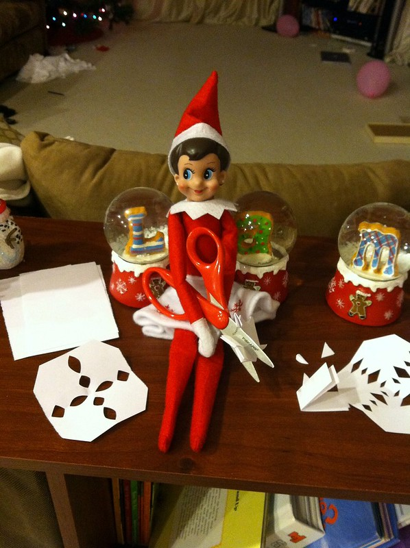 Paper Snowflakes Elf on the Shelf. Click for more ideas! #elfontheshelf