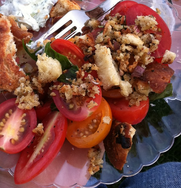 Perfecting the Pairing: Tomato Salad with Crunchy Crushed ...