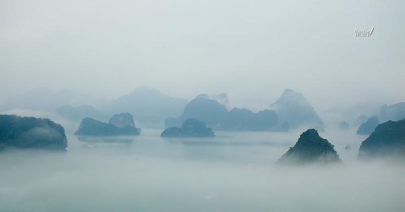 大霧裏的下龍灣3