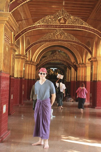 And yes, the place was so holy that I had to cover my knees. A traditional longyi was available at the south gate for free with deposit of my shoes
