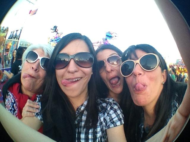 Mom, Ariface, Gaby, & Silvy