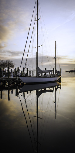 reflection sailboat sunrise boat annapolis