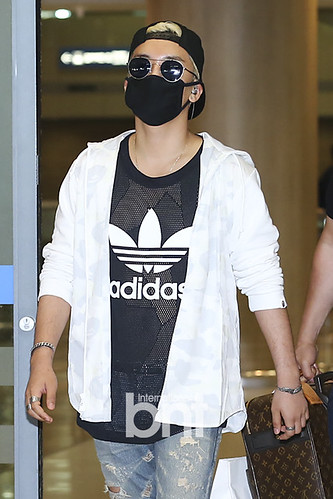 Big Bang - Incheon Airport - 15jun2015 - BNT - 01