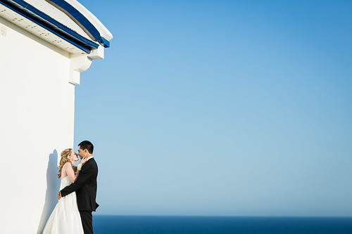 Bride and groom at the lighthouse.