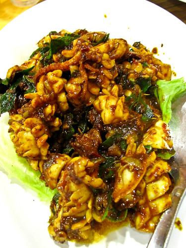 IMG_0114 Sotong fried with curry leaves , 甘香苏东(咖哩叶)