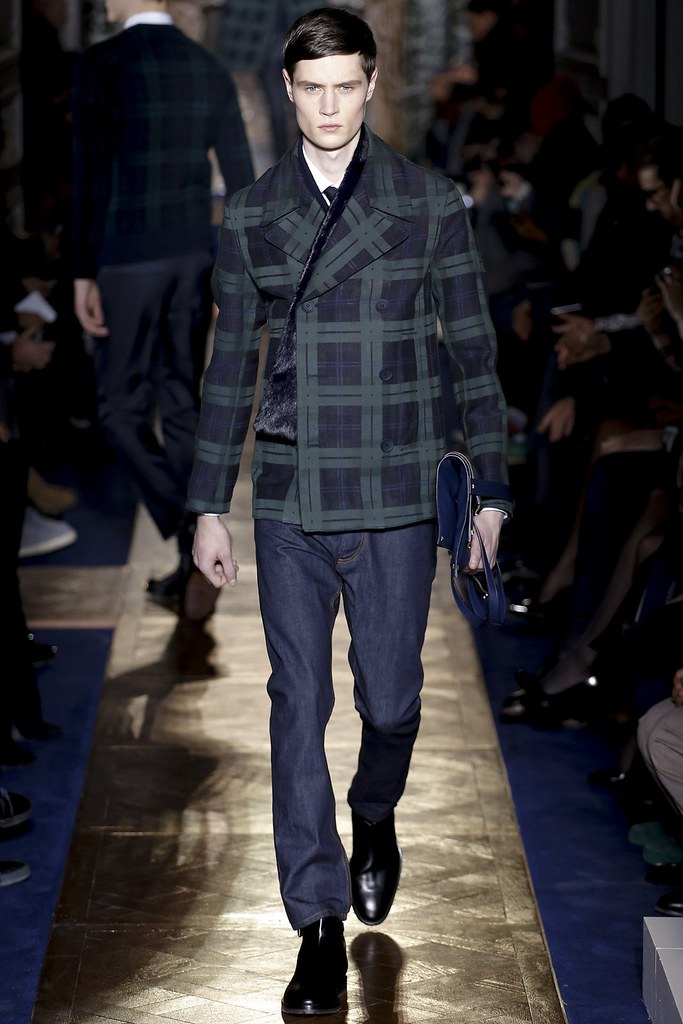 FW13 Paris Valentino025_Andrew Westermann(VOGUE)