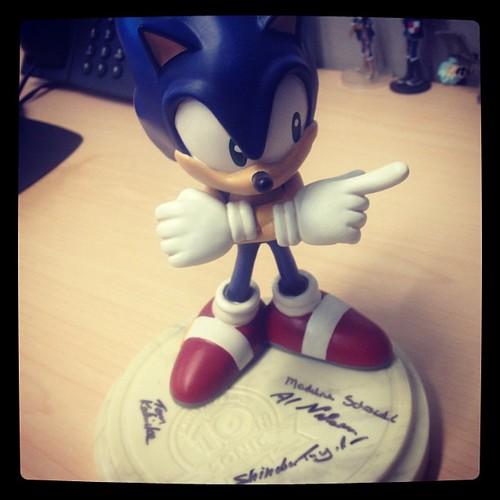 Sonic 10th Anniversary Statue